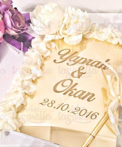 Beyaz Güllerle Süslü İsimli Anı Defteri